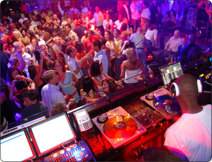Aura Nightclub (atlantis Resort) - Bars/Nightife - One Casino Dr, Paradise Island, Bahamas