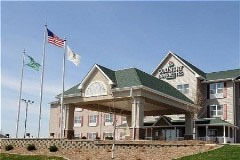 Country Inn & Suites Peoria North Il - Hotels/Accommodations - 5309 W Landens Way, Peoria, IL, United States