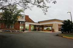 Holiday Inn Hotel & Suites - Hotel - 75 37th Avenue South, St. Cloud, MN, United States