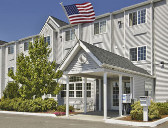 Travelodge Suites - Hotels/Accommodations - 9 16th St NW, Auburn, WA, 98002