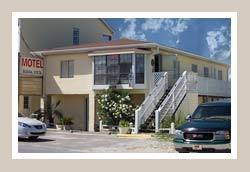 Buena Vista Motel - Hotels/Accommodations - 903 Highway 98, Mexico Beach, FL, United States
