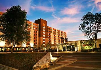 Marriott Burbank Airport - Hotels/Accommodations - 2500 N Hollywood Way, Burbank, CA, 91505