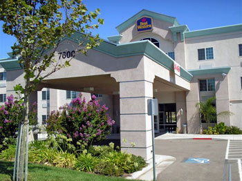 Best Western Vineyard Inn - Hotels/Accommodations - 7600 Soutfront Rd., Livermore, CA, United States