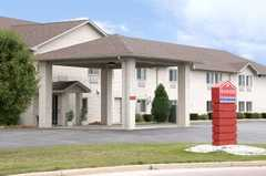 Ramada Inn Ltd - Hotel - 13340 Hospitality Court, Mount Pleasant, WI, 53177