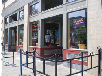 D'anna's Cafe Italiano - Restaurants, Attractions/Entertainment - 1317 N State St, Bellingham, WA, United States