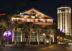 Harrah's Casino  - Attraction - 8 Canal St, New Orleans, LA, United States