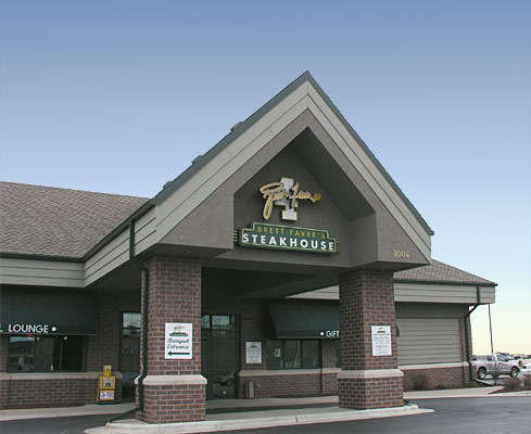Brett Favre's Steakhouse - Reception Sites, Restaurants - 1004 Brett Favre Pass, Green Bay, WI, 54304