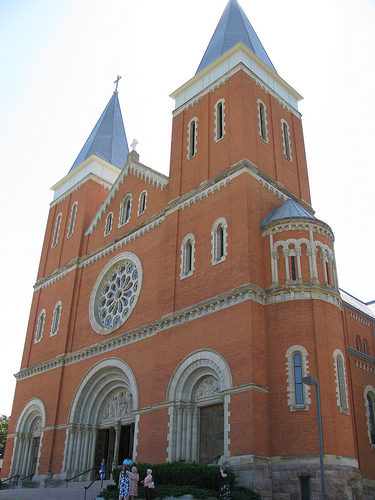 St Vincent Basilica Parish - Ceremony Sites - 300 Fraser Purchase Rd, Latrobe, PA, 15650