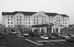 Hilton Garden Inn - Hotel - 4 Home Depot Dr, Plymouth, MA, 02360