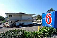 Motel 6 State Street - Hotel - 3505 State St, Santa Barbara, CA, 93105, United States