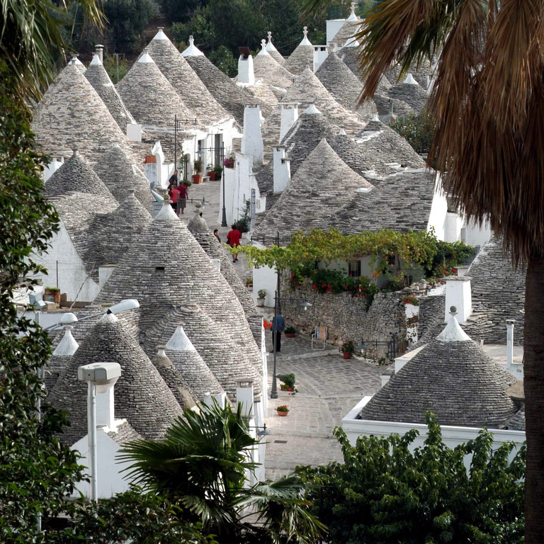 Alberobello - Attractions/Entertainment - Alberobello, Puglia