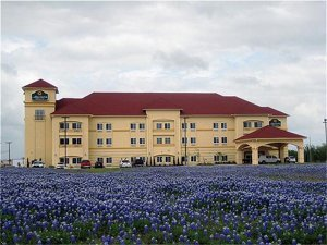 La Quinta Inn-brenham - Hotels/Accommodations - 2950 Woodridge Blvd, Brenham, TX, United States