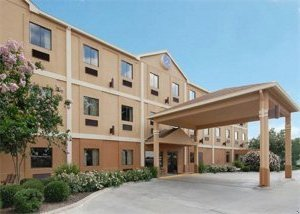 Comfort Suites - Hotels/Accommodations - 2350 South Day Street, Brenham, TX, United States
