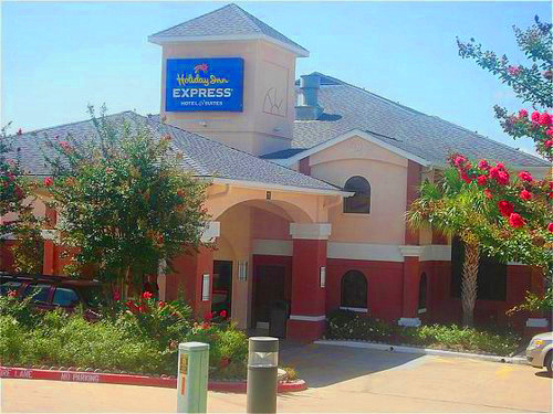 Holiday Inn Express Hotel & Suites Brenham - Hotels/Accommodations - 555 Highway 290 W., Brenham, TX, United States