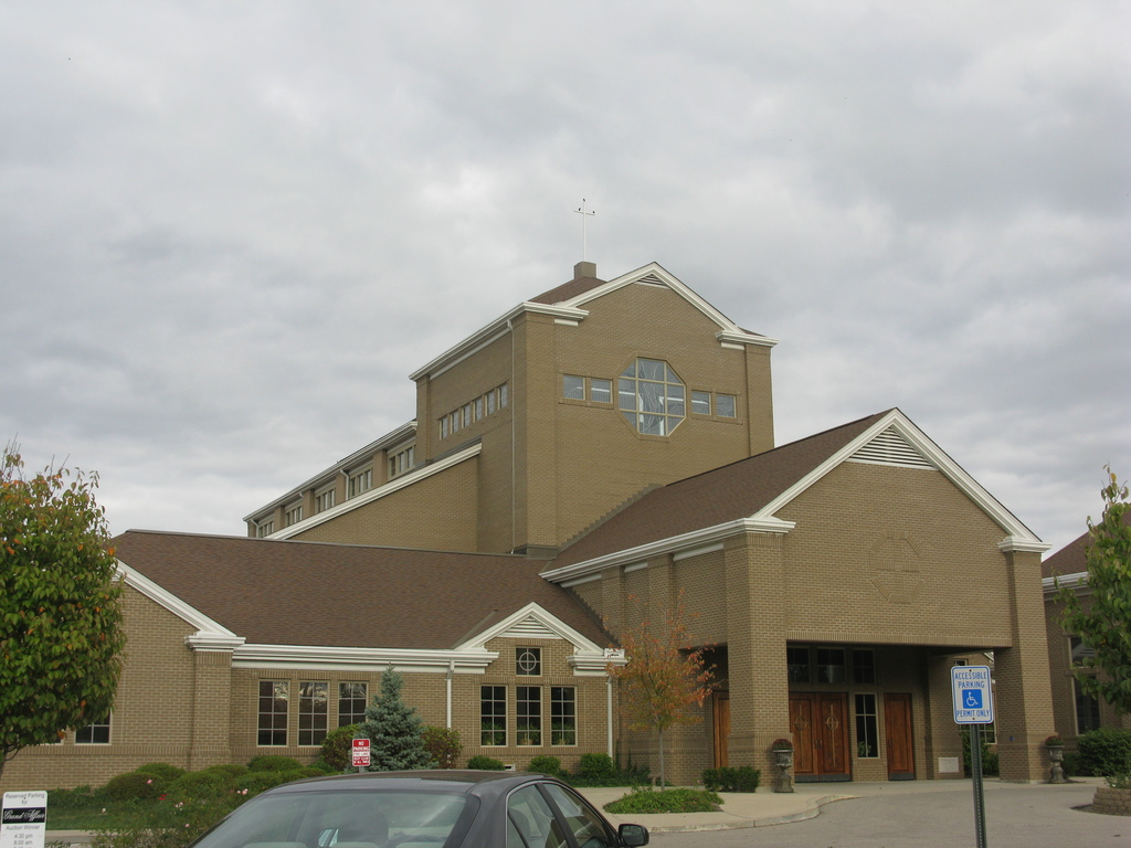 St Columban Church - Ceremony Sites - 894 Oakland Rd, Loveland, OH, United States