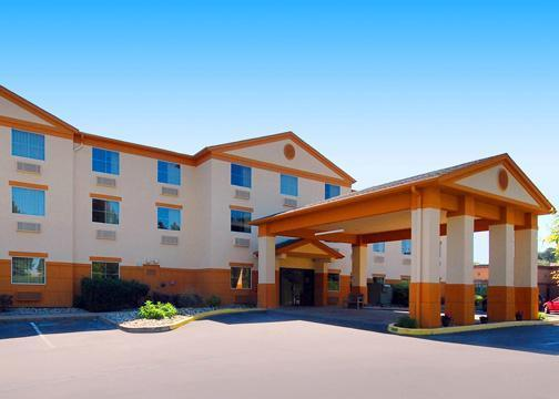 Comfort Inn - Hotels/Accommodations - 1350 Indian Springs Rd., Indiana, PA, United States