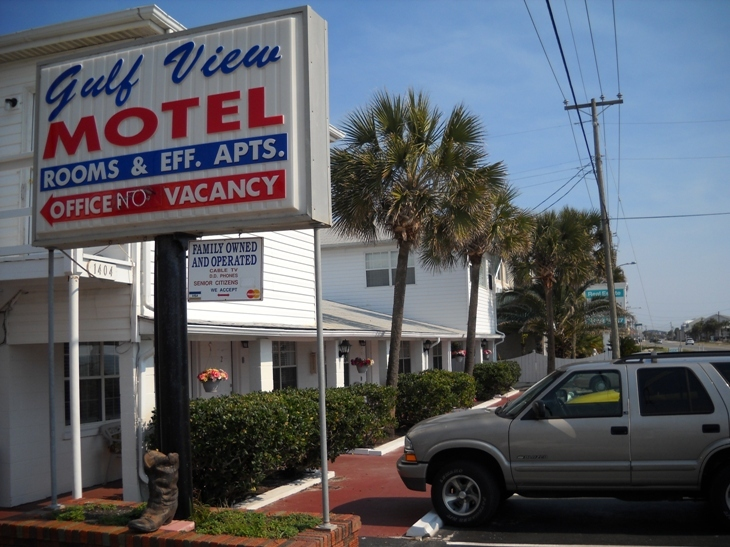 Gulf View Motel - Hotels/Accommodations - 1404 Highway 98, Mexico Beach, FL, United States