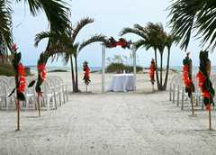St Petersburg Beach Wedding In October in Fort de Soto, FL, USA