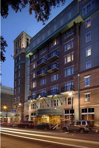 Oglethorpe Lodge @ Holiday Inn - Hotels/Accommodations - 199 E Bay St, Savannah, GA, 31401, US
