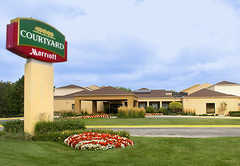 Courtyard by Marriott: Arlington Heights South - Hotel - 100 W Algonquin Rd, Arlington Hts, IL, United States