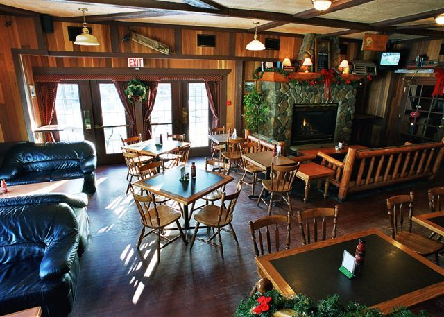 The Drake Inn - Restaurants, Attractions/Entertainment, Hotels/Accommodations - 838 Main Street, Canmore, AB, Canada