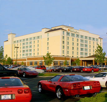 Holiday Inn University Plaza - Reception Sites, Hotels/Accommodations - 1021 Wilkinson Trce, Bowling Green, KY, United States