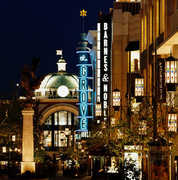 DINING/SHOPPING - The Grove - Shopping - 189 The Grove Drive, Los Angeles, CA, United States