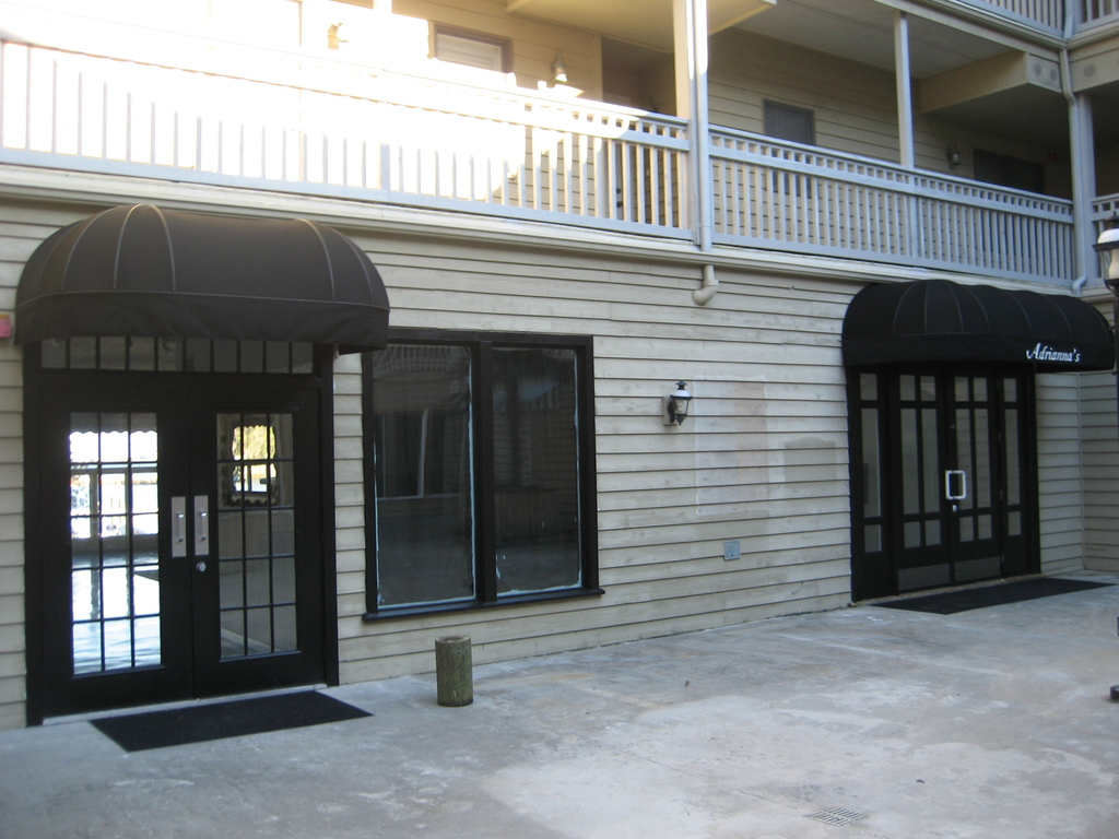 Adrianna's On The Manteo Waterfront - Reception Sites, Coordinators/Planners - 207 Queen Elizabeth Ave., Manteo, NC, 27954