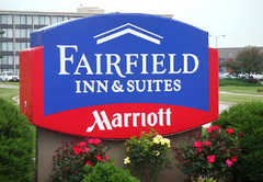 Fairfield Inn Kansas City Airport - Hotel - 11820 NW Plaza Circle, Kansas City, MO, United States
