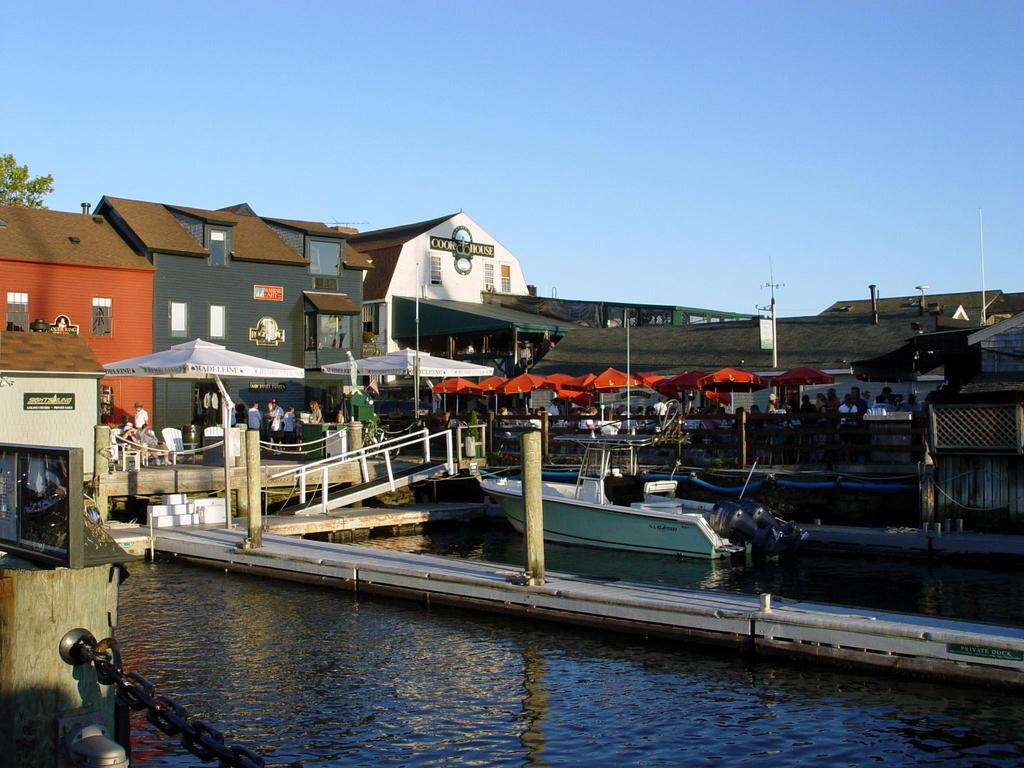 Shopping - Shopping, Attractions/Entertainment - Thames St, Newport, RI, 02840