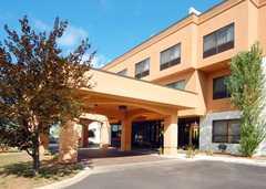 Comfort Inn - Hotel - 7076 Highland Rd, MI, 48383