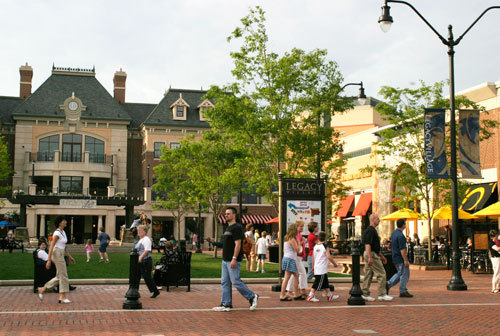 Legacy Village - Shopping, Attractions/Entertainment, Restaurants - 25001 Cedar Rd, Cleveland, OH, United States