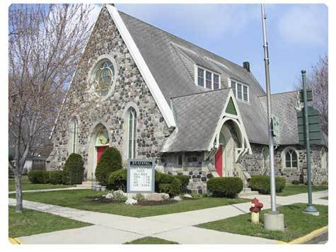 Holy Communion Episcopal Church - Ceremony Sites - 320 Broad St, Lake Geneva, WI, 53147