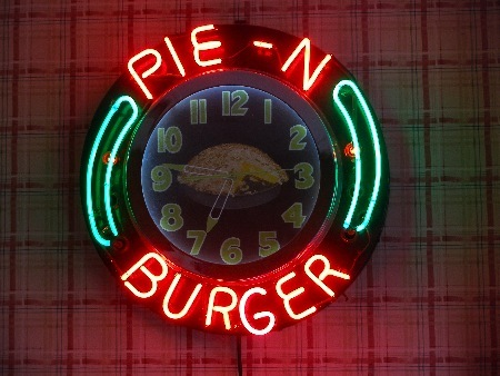 Pie N Burger - Restaurants, Caterers - 913 E California Blvd, Pasadena, CA, United States