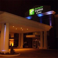 Holiday Inn Express &amp; Suites - Hotels/Accommodations - 197 South Rand Road, Lake Zurich, IL, United States