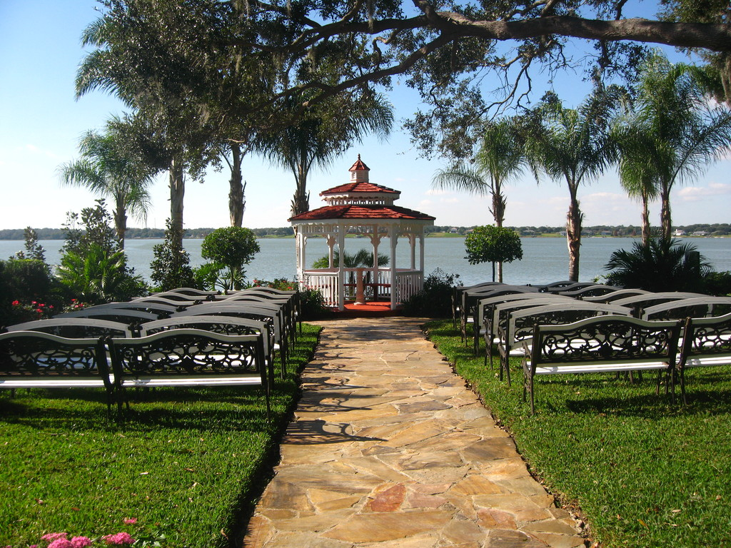 Town Manor - Ceremony Sites - 585 State Road 559, Auburndale, FL, 33823