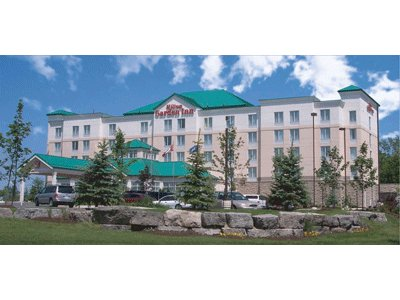 Hilton Garden Inn - Hotels/Accommodations - 500 York Rd, Niagara-ON-the-Lake, ON, L0S
