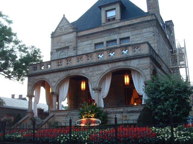 Inn On The Mexican War Streets - Hotels/Accommodations, Ceremony Sites - 604 W North Ave, Pittsburgh, PA, United States