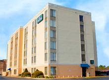 Jameson Suites - Hotel - 2111 South Arlington Heights Road, Arlington Hts, IL, United States