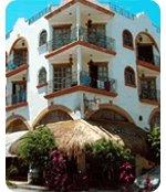 Posada Mariposa - Hotels/Accommodations - 5a Avenida, entre calles 24 y 26, Playa del Carmen, Mexico