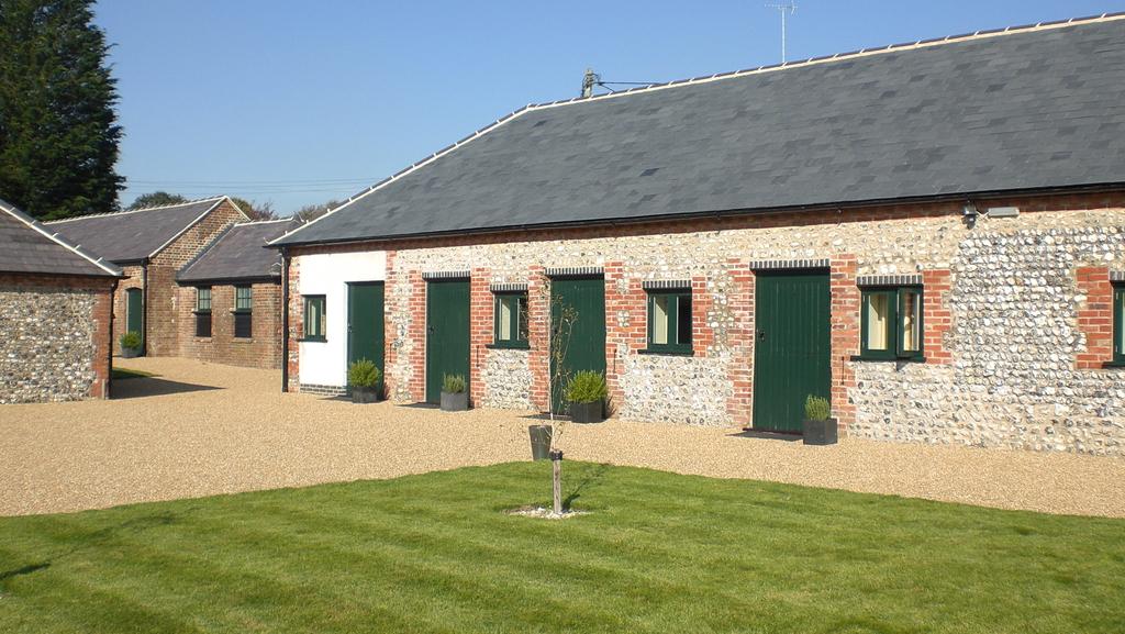Farbridge, Preston Farm, West Dean - Reception Sites -