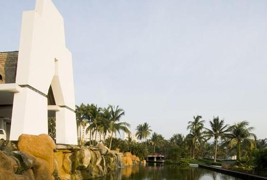 Hotel Mayan Palace - Hotels/Accommodations -