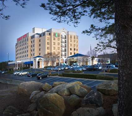 Embassy Suites - Hotels/Accommodations - 200 Stoneridge Dr, Columbia, SC, United States