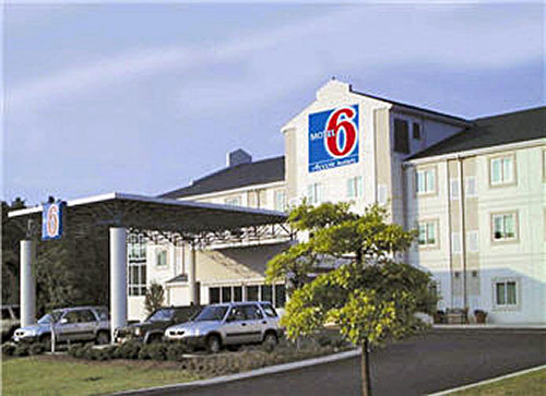 Motel 6 (wedding Room Block) - Hotels/Accommodations - 1274 N Atherton St, State College, PA, 16803