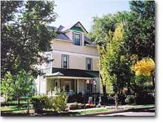 Spurs N Lace B&B - Hotel - 2829 W Pikes Peak Ave, Colorado Springs, CO, 80904