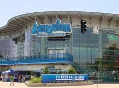 Downtown Aquarium - Attraction - 700 Water St, Denver, CO, United States