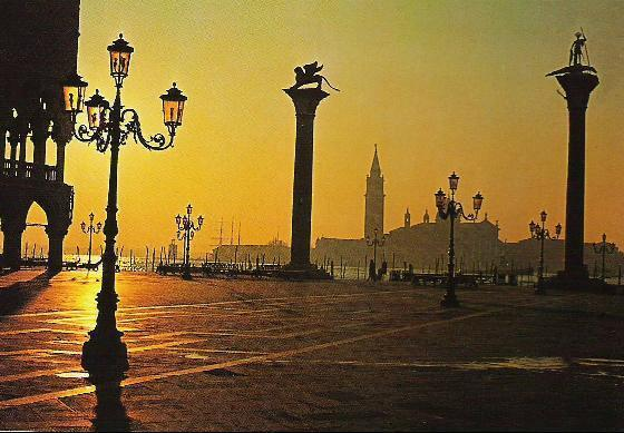 San Marco Square - Photos - Attractions/Entertainment, Photo Sites - San Marco Square
