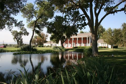 Crestmore Manor - Ceremony Sites, Reception Sites - 4600 Crestmore Rd, Riverside, CA
