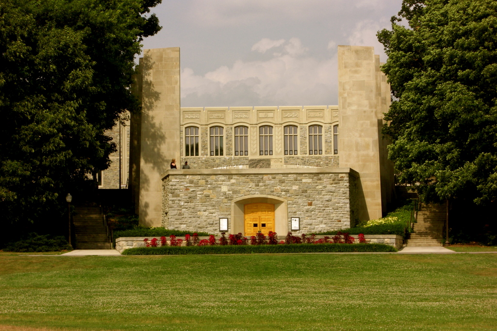 War Memorial Chapel - Ceremony Sites - Drillfield Dr & Vpi Mall, Blacksburg, VA, 24060