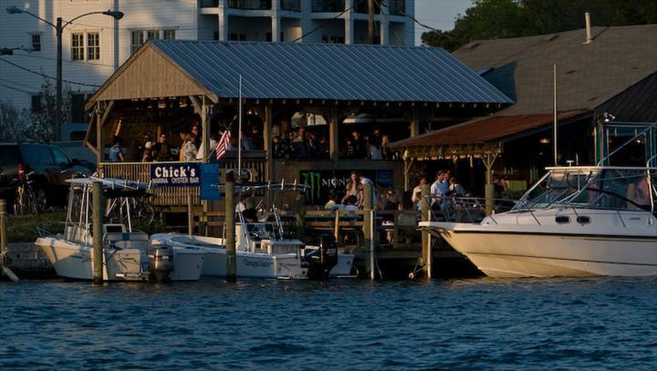 Chick's Oyster Bar - Restaurants, Bars/Nightife - 2143 Vista Circle, Virginia Beach, VA, United States